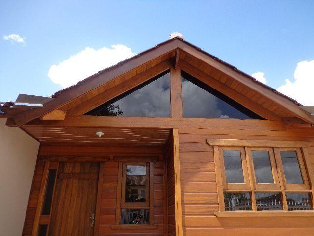 Exclusivo casa dois dormitórios,garagem,pátio