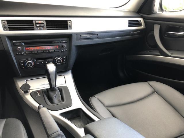 BMW 320i 2011 Top + All black , sem detalhes - Foto 13