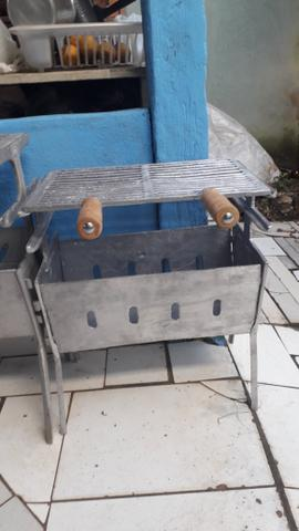 Churrasqueira pequena de alumínio - Foto 4
