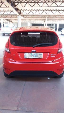 New Fiesta Hatch Impecável 2015 - Foto 9