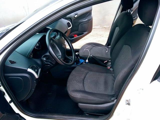 Peugeot 207 - Foto 4
