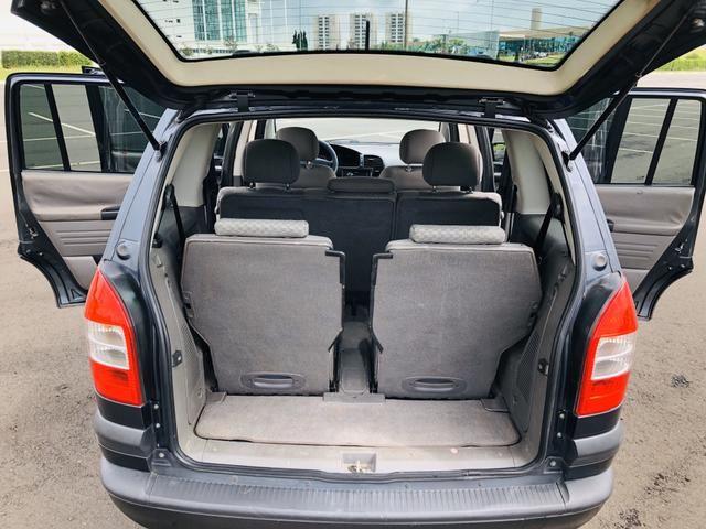 Chevrolet Zafira 2.0 Comfort 8v flex 2008 Vendo, troco e financio - Foto 11