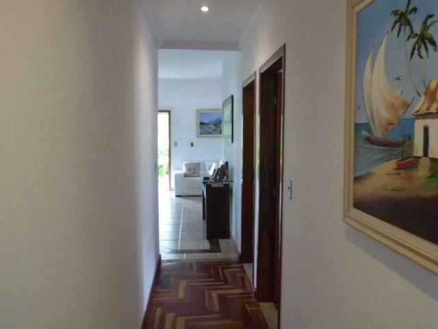 C485 -Casa com três dormitórios em excelente bairro - Foto 5