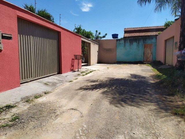 Vende-se casa no Santa Genoveva 2, entre o Quartel do Exército e Saída para Nerópolis - Foto 2