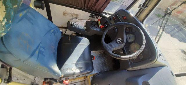 Micro Mercedes-Benz LO 915 - Foto 2