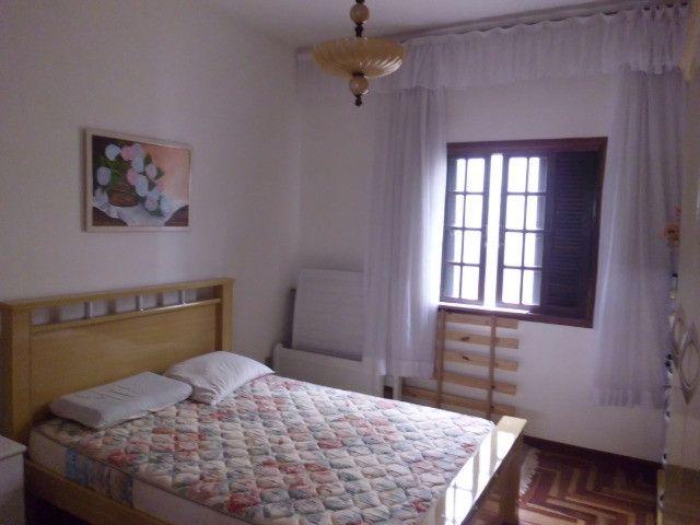 C485 -Casa com três dormitórios em excelente bairro - Foto 8