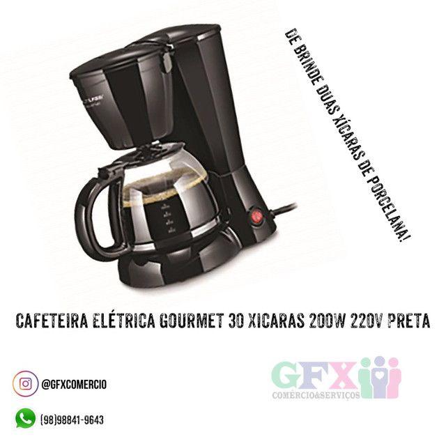 Cafeteira Elétrica Gourmet 30 Xicaras 200W 220V Preta