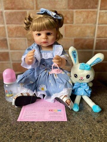 Linda bebê Reborn toda em Silicone realista Nova Original olhos azuis (Aceito Cartão)