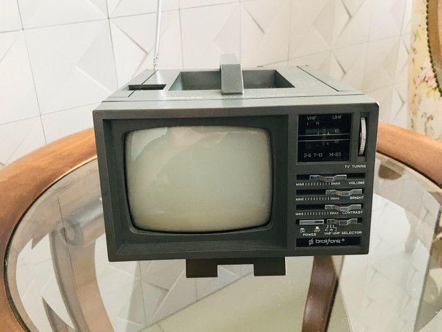 Mini Tv/ Rádio P& B 5 Polegadas - Foto 5