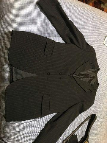 Terno risca de giz TNG top blazer 50 calça 52 - Foto 4