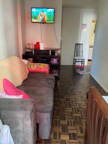 Vendo apartamento 1 dormitório mobiliado quadra mar de Balneário Camboriú SC