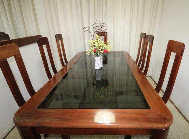 Mesa mogno 8 lugares com cadeiras + espelho - Foto 4