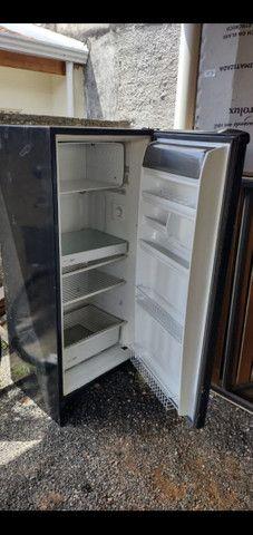 Vendo geladeira!