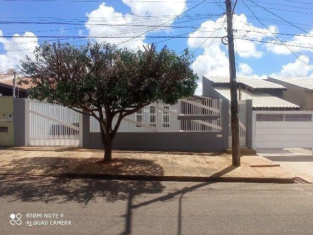 Linda Casa Tijuca com Varanda com 360 m² com Edícula**Venda** - Foto 11