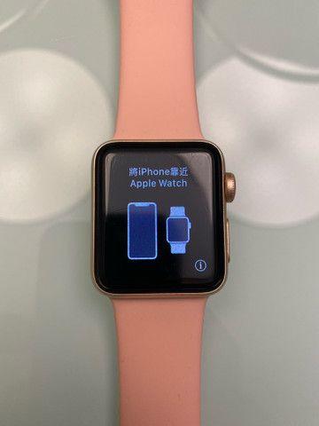 Apple Watch Series 3 38mm GPS + Cellular, Gold Aluminum, Pink Sport Band
