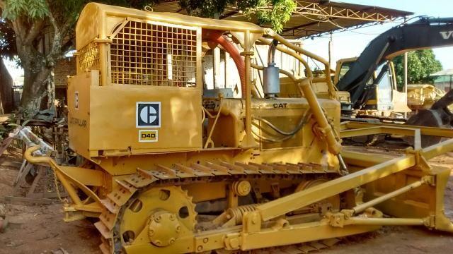 D4d Caterpillar ano 1975 caixa