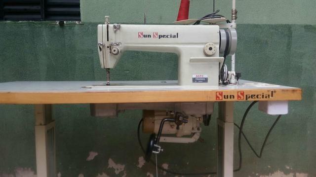 Máquina de costura industrial