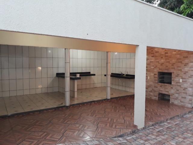 Excelente chácara dentro da cidade com asfalto na porta - Foto 9