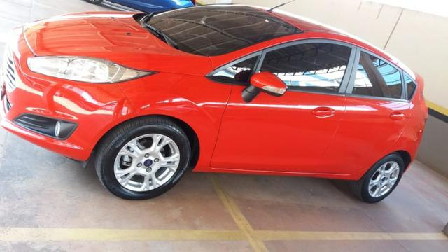 New Fiesta Hatch Impecável 2015