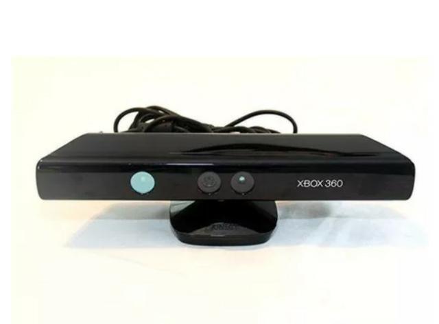 Vídeo Game Console Xbox X box 360 Original com Kinect 2 Manetes Controle Joystick 5 Jogos - Foto 5