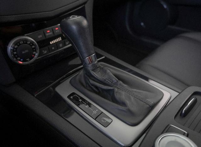 Mercedes-Benz C180 CGI 1.6 Prata 2011 Completo C-180 - Foto 8