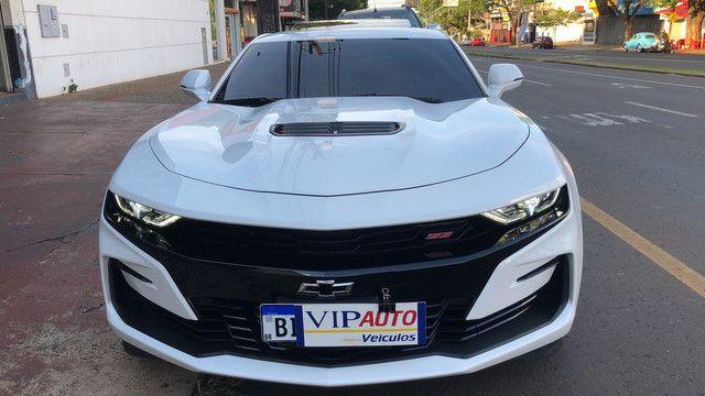 Camaro 2019 SS v8 com 3.800 km placa a na garantia de fábrica novíssimo  - Foto 2