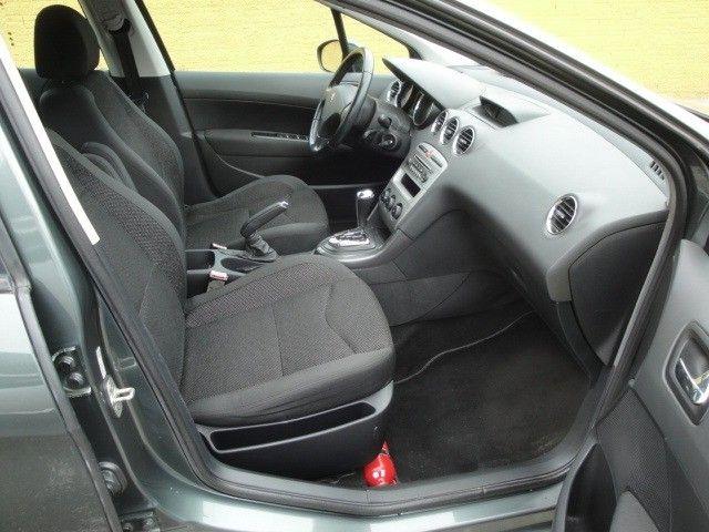 Peugeot 408 2012 2.0 Flex Automático Abs Air Bags Ar Cond Dir USB/MP3 Player - Foto 13