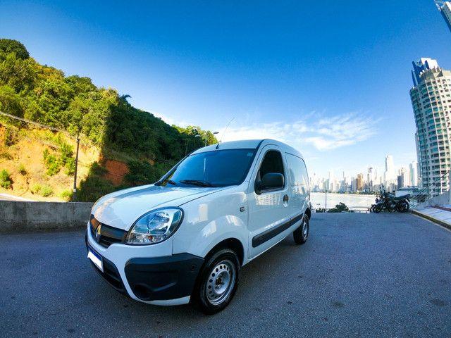 Renault Kangoo 1.6 flex 2016