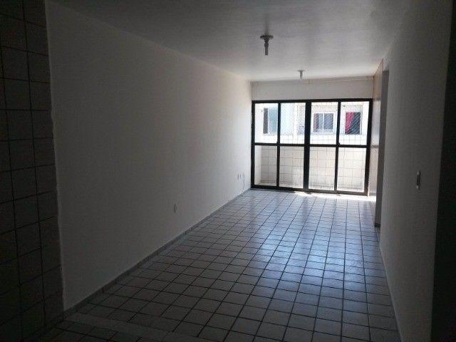 Apartamento Bessa - Val Paraiso Bloco E nascente