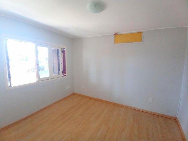 Casa de 3 dormitórios com pátio enorme na Vila Santo Angelo em Cachoeirinha/RS - Foto 5