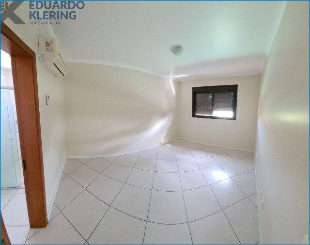 Apartamento com 2 dormitórios, 2 vagas, sacada com churrasqueira, Esteio-RS - Foto 6