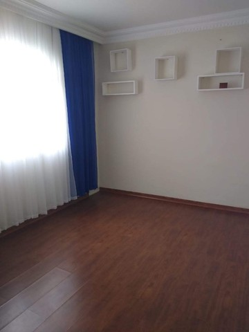 Vendo Casa com ótimo padrão de acabamento - Foto 7