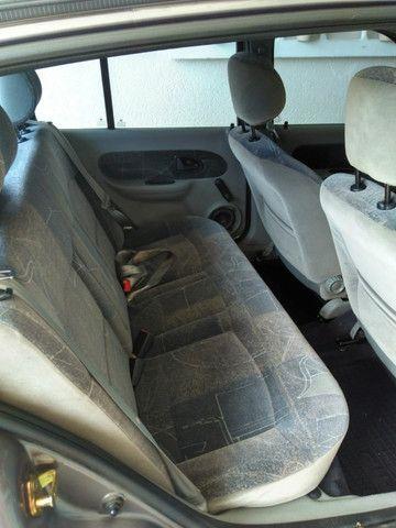 Clio Sedan 1.6 Completo - Foto 3