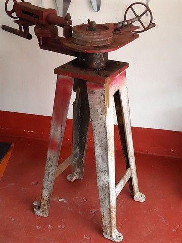 Máquina curvadeira - Foto 2