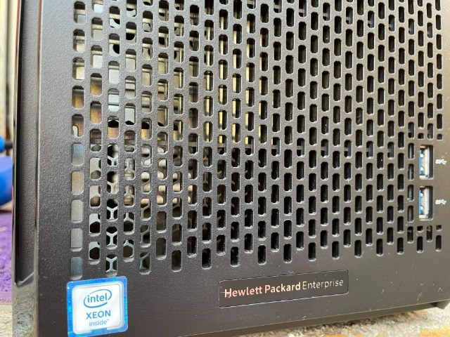 Servidor - HPE ProLiant ML110 Gen9 Server  - Foto 2