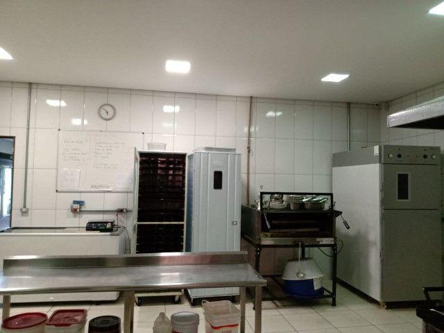 Móveis e Equipamentos para Restaurante e Padaria