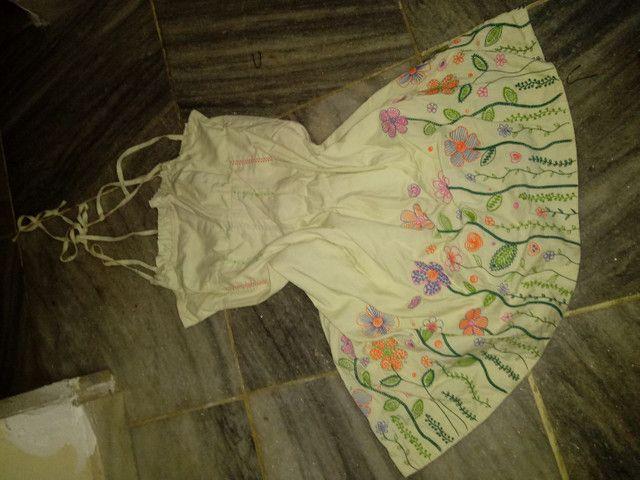 Combo de roupas FEMININAS semi novas - Foto 4