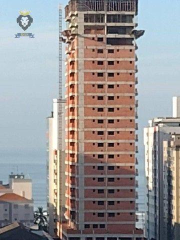 Excelente Apartamento de Alto Padrão 3 Dormitórios 3 Suítes menos de 100 metros da Praia - Foto 14