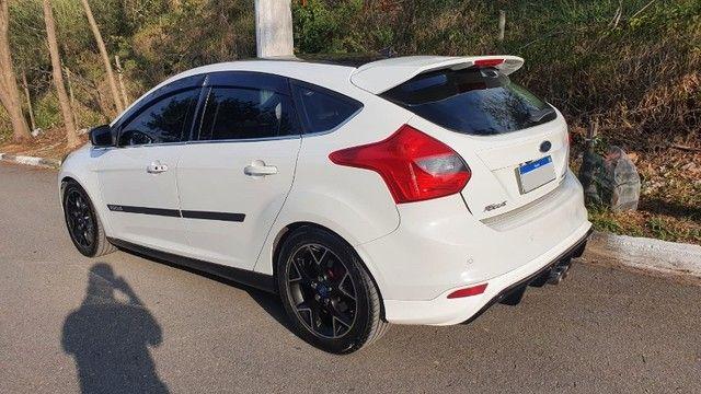Ford Focus Titanium 2.0 Powershift + Escapamento Ford RS + Parachoque em Fibra - Foto 2