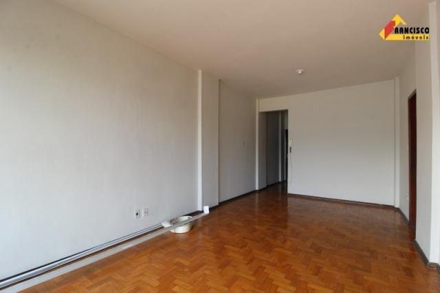 Apartamento para aluguel, 3 quartos, 1 vaga, Centro - Divinópolis/MG - Foto 10