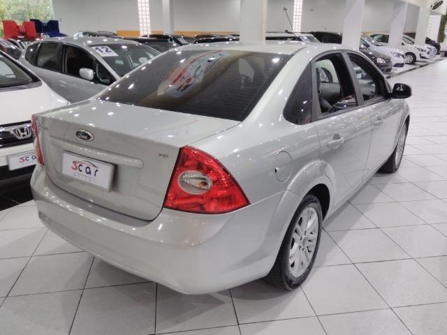 Focus Sedan GLX 2.0 - 2013 - Vários opcionais - Foto 4