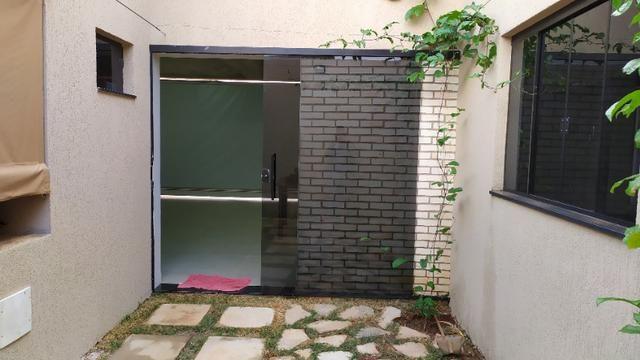 Linda casa, cond fechado, Vicente Pires, Rua 8, churrasq, piscina aquecida, 4qts, 4ban - Foto 17