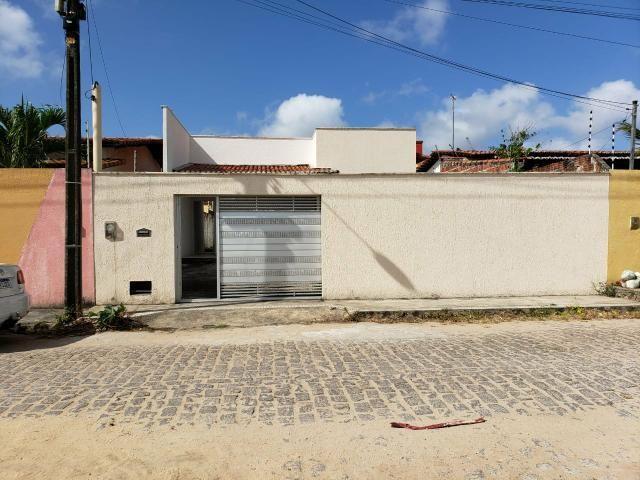 Casa no Cidade das Rosas, Rua das Azaleias