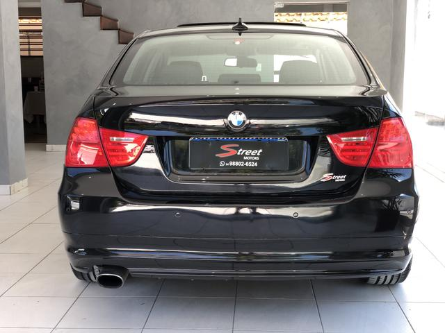 BMW 320i 2011 Top + All black , sem detalhes - Foto 5