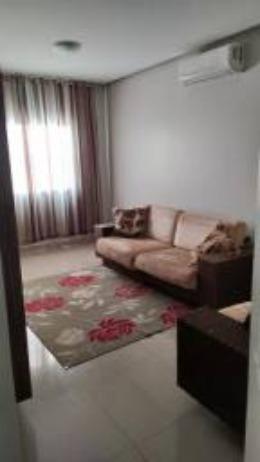 Linda casa, cond fechado, Vicente Pires, Rua 8, churrasq, piscina aquecida, 4qts, 4ban - Foto 4