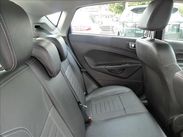 Ford Fiesta 1.0 Ecoboost Titanium Hatch 12v - Foto 8