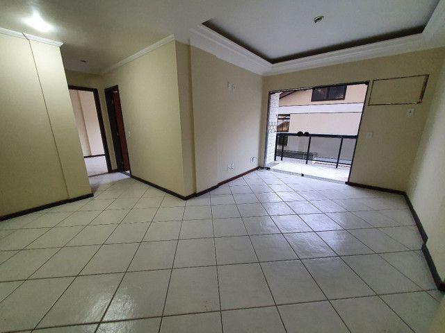 Alugo lindo e grande apartamento de 2 quartos, varanda, no parque das palmeiras - Foto 9