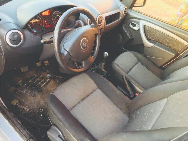 Renault Logan 1.6 8v Expression completo 2012 gnv - Foto 8