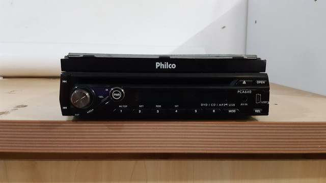 Dvd retrátil philco