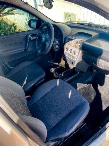 Vendo Corsa sedan 2004 completo c/ GNV - carro de mulher  - Foto 4